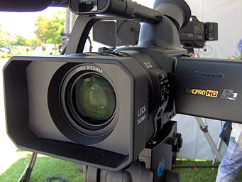 panasonic AG-HVX200 camcorder front view